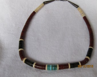 Old Pawn Santo Domingo Necklace