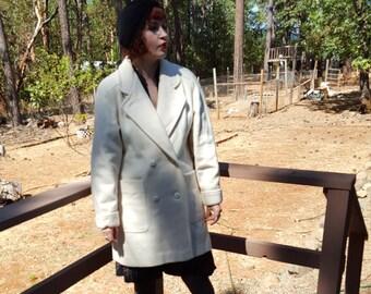 Creamy Dreamy 1980's Coat Size L