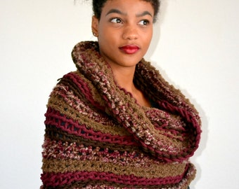 High Fashion Crochet Cowl Scarf/ Burgundy Brown Winter Cowl/ Crochet Neck Warmer/ Fall Fashion Cowl/ Gift idea/ Christmas Gift Cowl