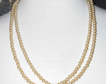 """Vintage glass pearls long single strand 1970s jewelry 50"""" around Flapper"""