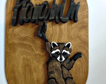 Intarsia Raccoon Sign