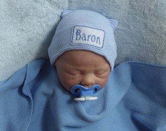 Newborn Boy Hospital Hat. Newborn Hospital Beanie. Personalized Newborn Hat. Newborn Boy Coming Home