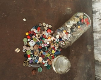 Vintage Buttons Quart Jar Filled With Button Assortment