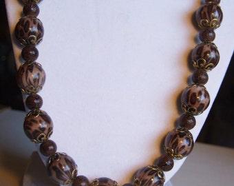 Animal 'print' ceramic necklace 0410NK