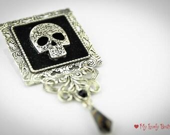 My Deadly Brooch
