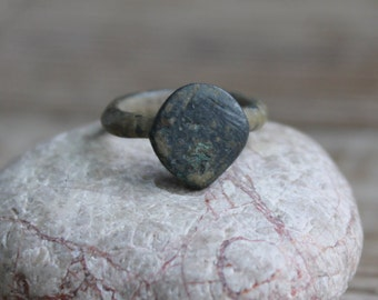 Rusty Ring  ... Antique ring ... archaeological dig ...  finding ... ancient ... antique finds