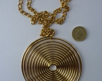 Very Dramatic Vintage 1960s Gold Tone Spiral Disk Pendant & Chain