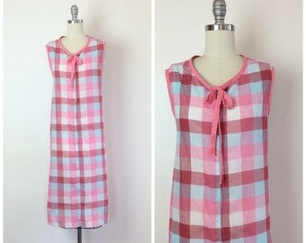 SALE /// 60s Pink Checkered House Dress / 1960s Vintage Cotton Shift Day Dress / Large / Size 16