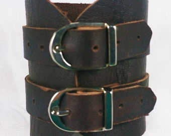 Double buckle Leather Cuff