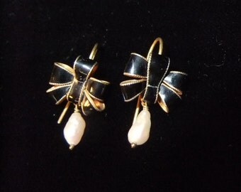 Petite Black Cloisonné Enamel on 925S Sterling Silver with Fresh Water Pearl Bow Earrings