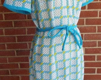 Vintage Short Sleeve Dress in Yellow, Blue, and White