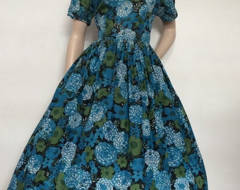Vintage 50s 60s Floral Day Dress / Large / Full Skirt
