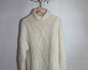 Handknitted long sweater vintage pullover handmade wool pullover cream wool sweater cardigan wool jacket German wool sweater winter sweater