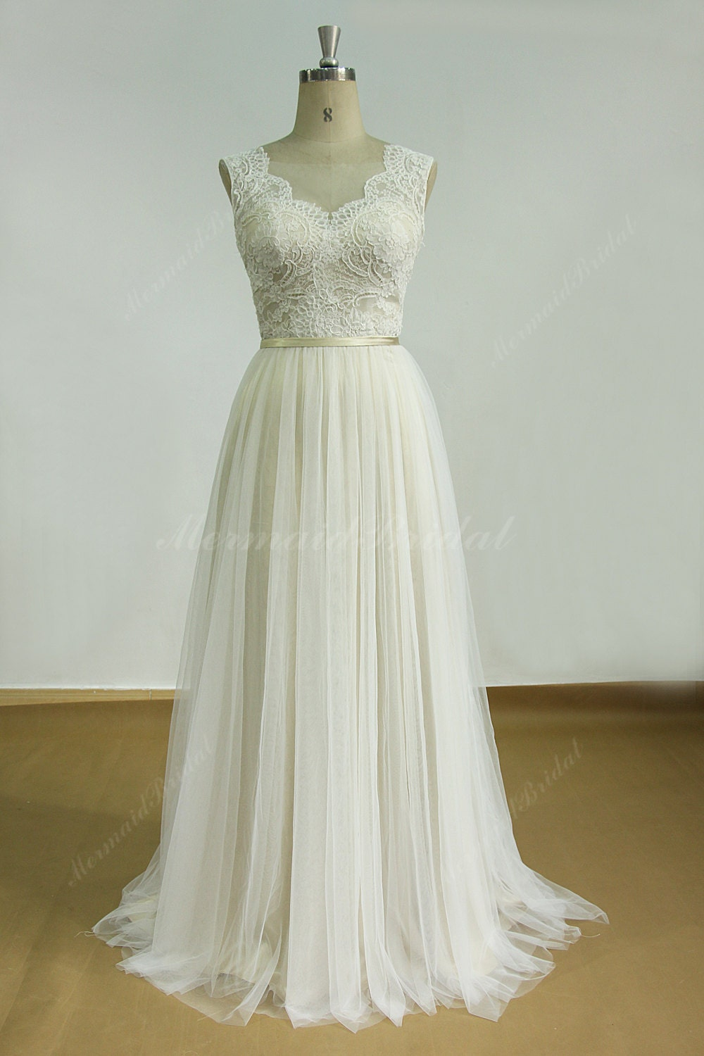 Romantic ivory backless tulle lace wedding dress with for Wedding dresses chiffon lace