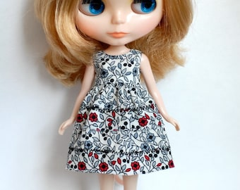 SALE! Blythe doll cotton red flowers dress