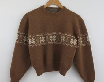 Cozy Cropped Swedish Ski Sweater