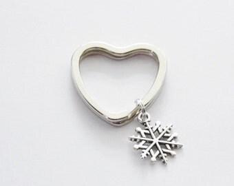 Snowflake Keychain, Christmas Gift, Neighbor Gift, Christmas Keychain, Festive Keychain, Winter Purse Charm, Snowflake Keychain, Snowflakes