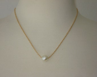 Gold Pearl Pendant Necklace - Gold Tone Chain and Pendant Bead