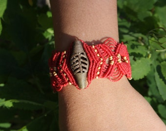 Red macrame bracelet with vintage bronze Pearl