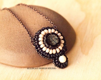 Bohemian Necklace, Boho Necklace, Tribal Black Cream Flower Necklace