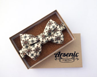 Cream bow tie, art deco bow tie, retro bow tie, vintage bow tie, mens bow tie, boys bow tie, wedding bow tie, womens bow tie, gifts for men