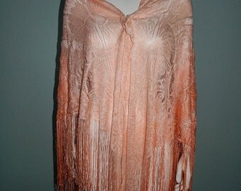 Large Vintage 1970s Ombre Peach Shawl with Tassels Made in Japan