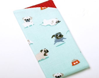 Pug Padded Eyeglass Holder, Dog Sunglasses Pouch, Spectacles Case - Pug Gifts - For Dog Lovers