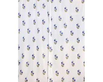 COMPLETE CURTAINS - White with blue cornflowers