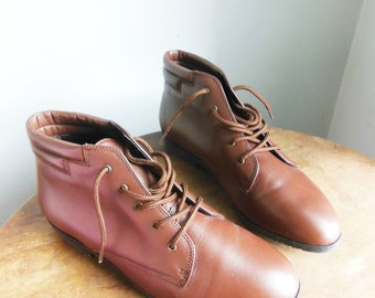 Perfect Bohemian Vintage Brown Leather DANEXX Pirate / Granny Boots 8.5 US