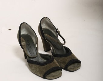 Vintage green and black suede shoes