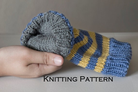 Knitting Pattern For Texting Mittens : Finglerless Gloves Knitting Pattern / Reversible Texting