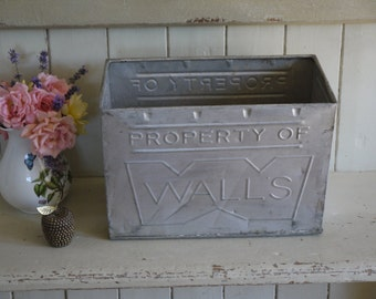 Vintage Crate - Walls Ice cream bucket