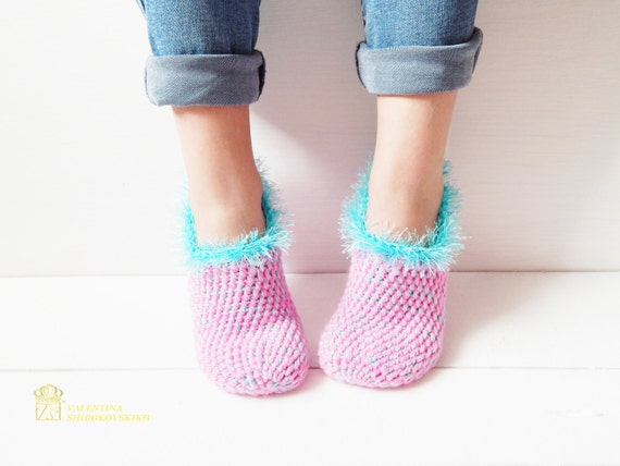 WOMAN SLIPPERS SOCKS /Crochet Slippers. Knitted slippers. Women shoes. Home shoes