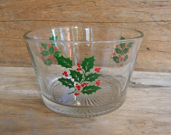 Vintage Indiana Glass Holly Berry Ice Bucket / Serving Bowl / Holiday Glass Serving Bowl / Centerpiece