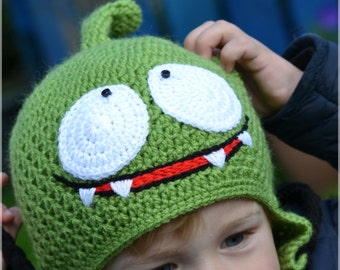 "Handmade Crochet Om Nom from ""Cut the Rope"" hat, Kid hat, Boys hat, Girls hat, Character Hat"