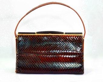 Paragon Purse Brown Faux Snakeskin Crocodile Clasp Classic Mid Century Handbag 1950's  Brown Gold