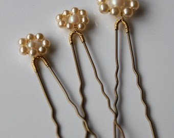 Decorative hair pins trio pearl ivory gold vintage bridal wedding accessory