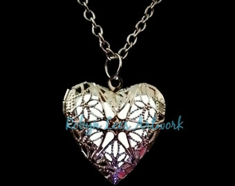 White Glow In The Dark Filigree Heart Necklace in Silver on Various Lengths of Crossed Chain