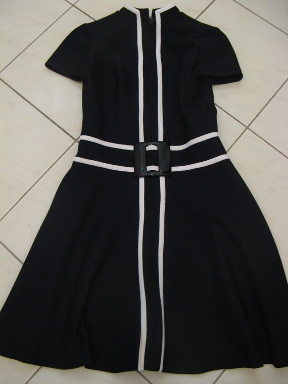 Vintage 60s Black & White Striped Mod Dress Sz Aus 10 12 US 6 8