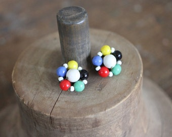Colourful 40s beaded clip on earrings in blue, green, red, yellow and black!