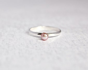 Freshwater Purple Pearl Ring.  Sterling Silver Pearl Ring.  Birthstone Ring.  Simple silver ring.  Everyday wear ring.