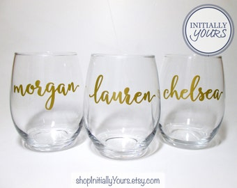 Bridal Party Wine Glasses, Custom Stemless Wine Glass, Personalized Bridal Party Gift, Bridesmaid Gift, Personalized Gifts for Wedding Party
