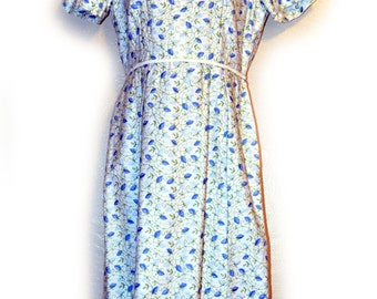 Darling Handmade Vintage Blue & White Embroidered Dress, 1950s or 60s, Size Small to Medium