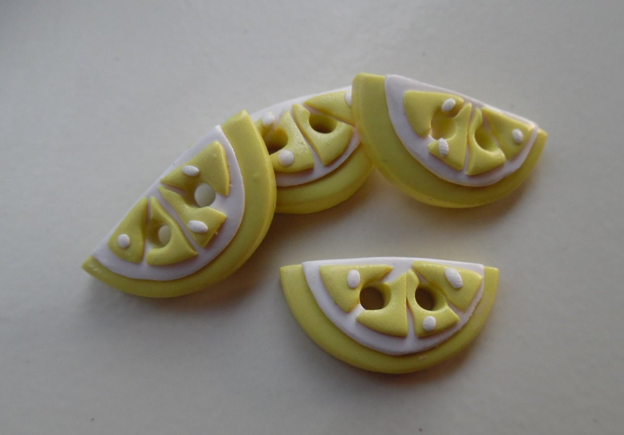Lemon buttons set of 4 from wildflwrbuttonstudio on etsy for Lemon button