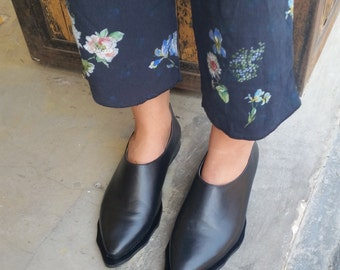 Black Leather Boots~ Black Leather Shoes~ Womens Shoes~ Black Leather flats~ Designer Shoes~ Leather Oxfords~ Derby shoes ~ Handmade Shoes