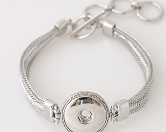 Beautiful Triple Snake Chain Silver Toggle Snap Bracelet