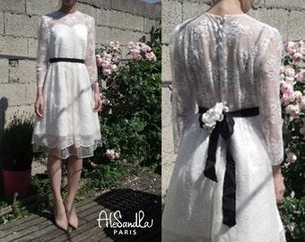 Short wedding dress with long sleeves/ open back lace wedding dress/ Long sleeves lace wedding dress/ Robe de mariée courte Alesandra Paris