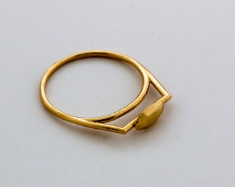 14K gold ring - gold rings for women - geometric gold ring - unique gold ring - geometric jewelry - minimalist jewelry - Small Oval Gold