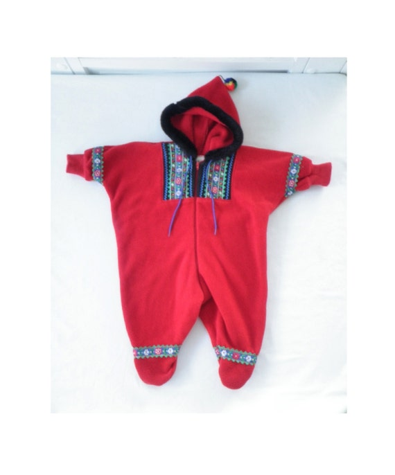Samii Clothes Gay Ellis Red Fleece Bunting Nordic Icelandic