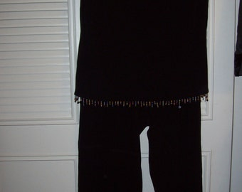 Vintage Two Pieced Bistro Beaded Top and Pants.  A Ronni Nicole by Quida Size 12